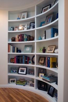 Curved-Bookshelf-01